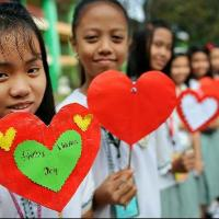 How Did Filipinos & Americans Celebrate Valentines Day?