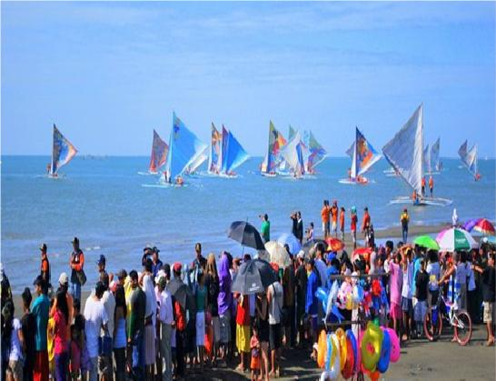Paraw Regatta Boat Race